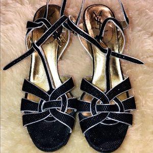Yve saint laurent sandal size 40